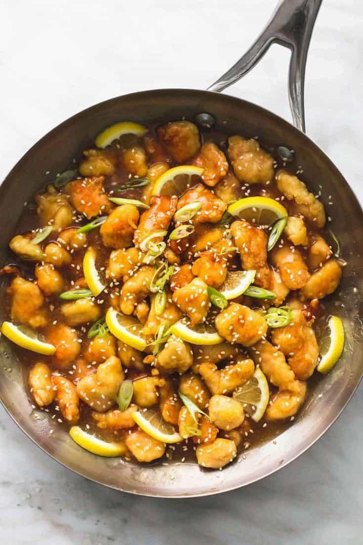 Klebriges chinesisches Zitronenhähnchen