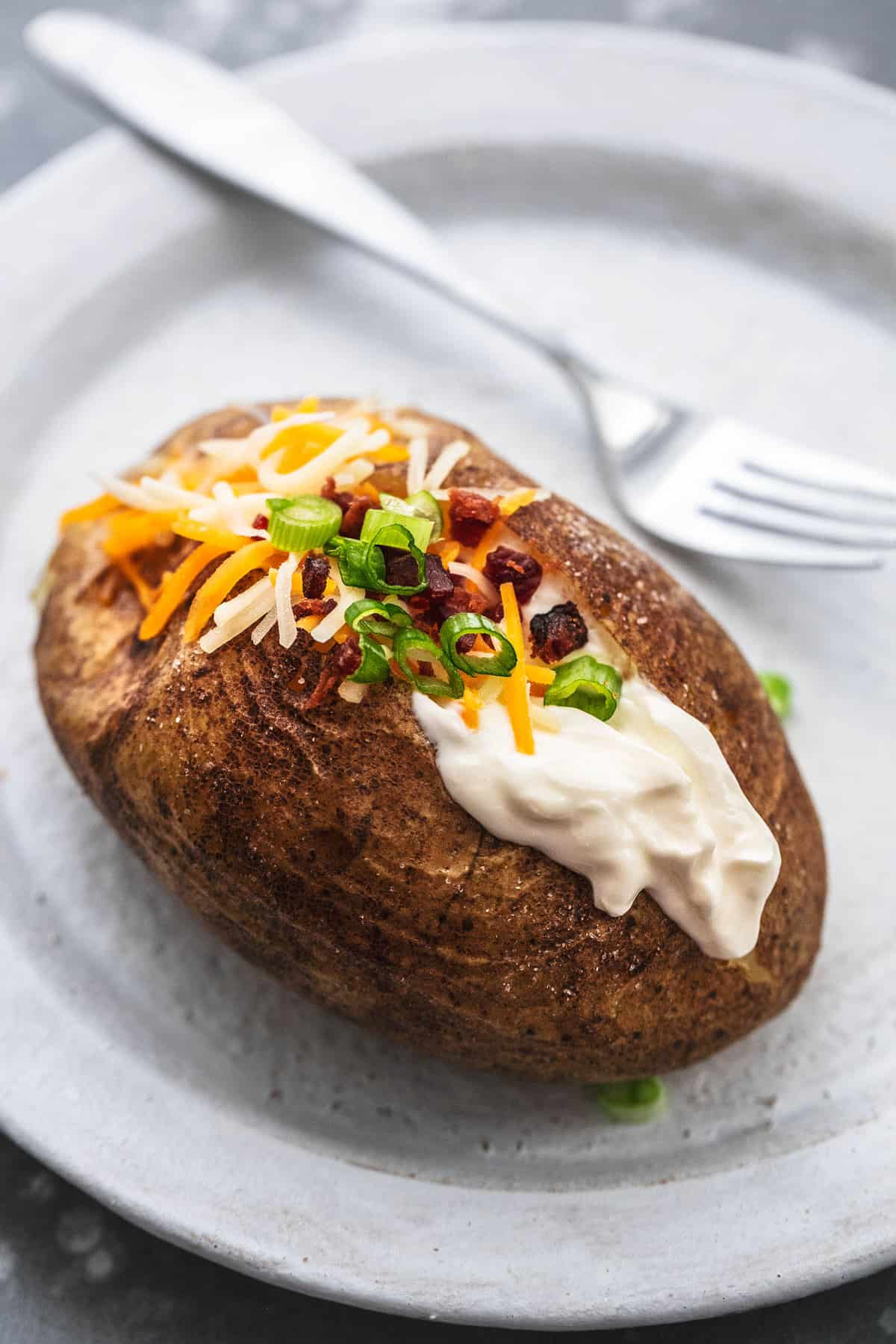 Instant Pot Baked Potatoes Rezept | lecremedelacrumb.com